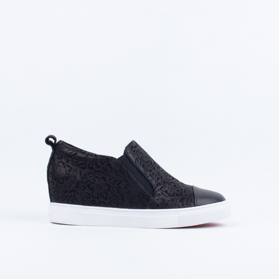 hot sale online 840f1 6b23f Cold Pressed - WOMEN-Sneakers : Mischief Shoes Online: Shop ...